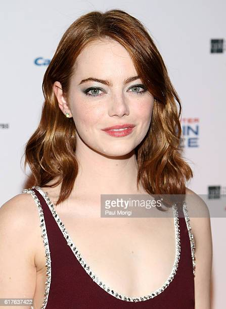 Actress Emma Stone arrives to The Kennedy Center Mark Twain Prize Honors Bill Murray event at The Kennedy Center on October 23 2016 in Washington DC