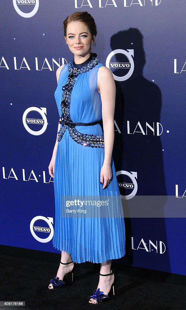 Actress Emma Stone attends the premiere of Lionsgate's 'La La Land' at Mann Village Theatre on December 6, 2016 in Westwood, California.