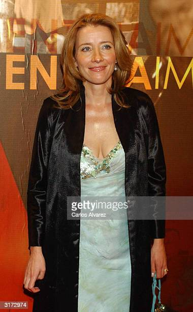 """Actress Emma Thompson attends the premiere of """"Imagining Argentina"""" at Palacio de la Musica Cinema on March 30, 2004 in Madrid, Spain."""