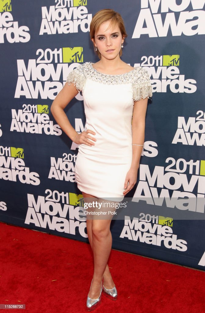 Actress Emma Watson arrives at the 2011 MTV Movie Awards at Universal Studios' Gibson Amphitheatre on June 5, 2011 in Universal City, California.