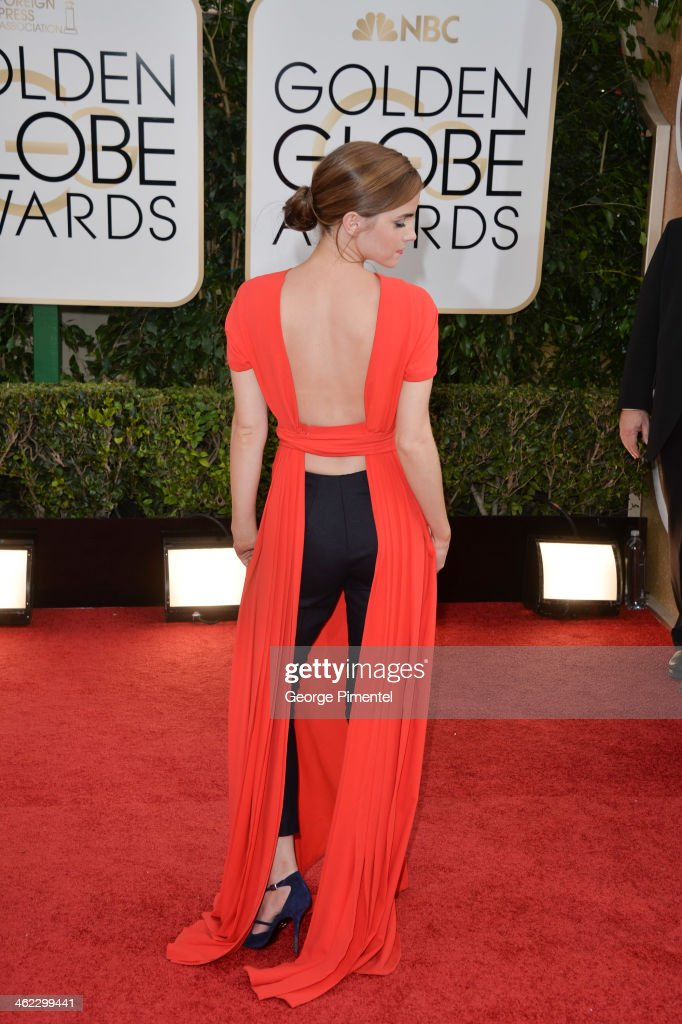 71st Annual Golden Globe Awards - Arrivals : News Photo