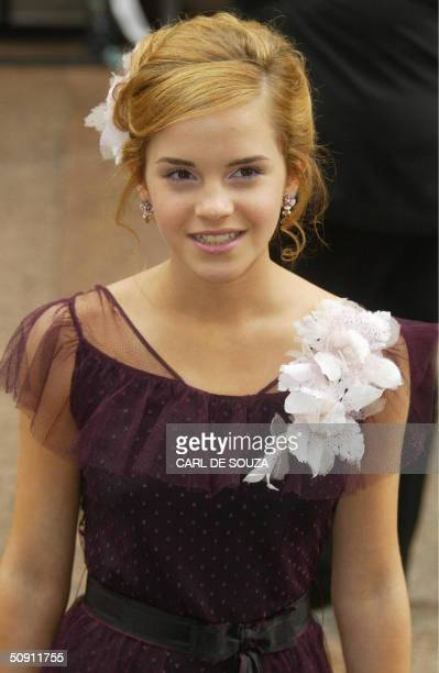 Actress Emma Watson arrives at the premiere for the latest Harry Potter Film the Prisoner of Azkaban at Leicester Square London AFP PHOTO/CARL DE...