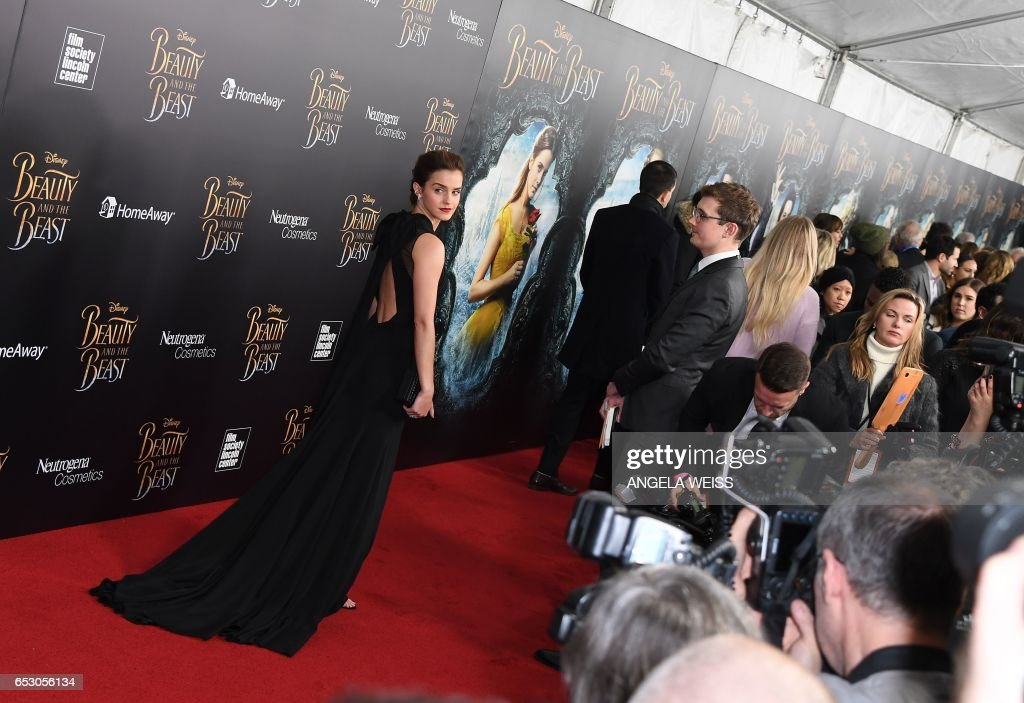 ENTERTAINMENT-US-CINEMA-BEAUTY AND THE BEAST-ARRIVALS : News Photo