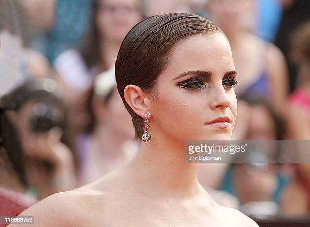 Actress Emma Watson attends the premiere of Harry Potter and the Deathly Hallows Part 2 at Avery Fisher Hall Lincoln Center on July 11 2011 in New...
