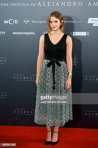 Actress Emma Watson attends the 'Regression' photocall at Villamagna Hotel on August 27, 2015 in Madrid, Spain.