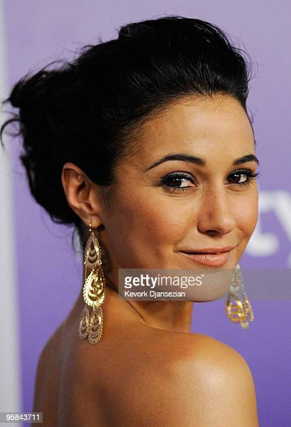 Actress Emmanuelle Chriqui arrives at the InStyle and Warner Bros 67th Annual Golden Globes after party held at the Oasis Courtyard at The Beverly...