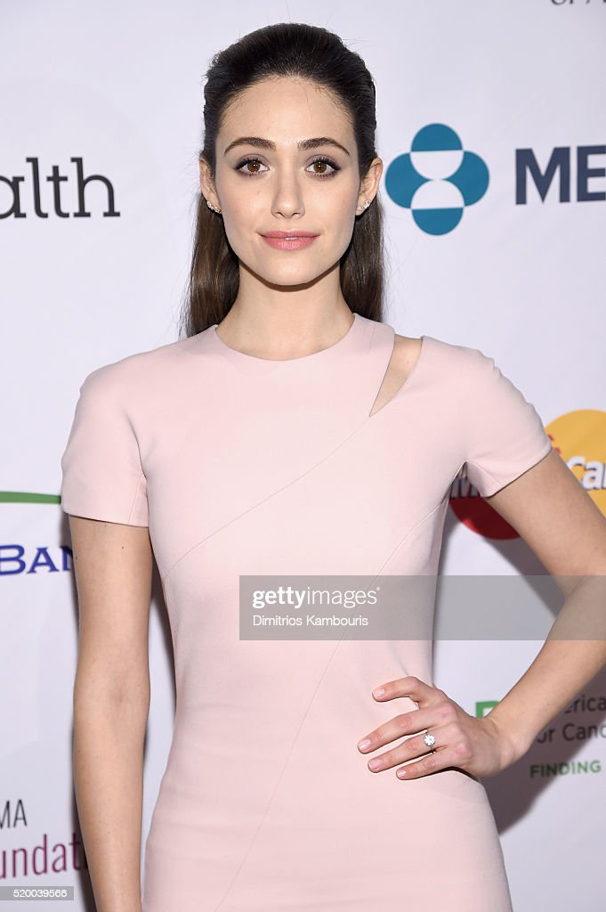 Entertainment Industry Foundation Presents Stand Up To Cancer's New York Standing Room Only Event With Donors American Airlines, Mastercard And Merck - Red Carpet : News Photo