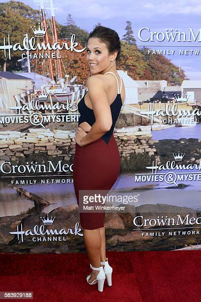 Actress Erin Krakow attends the Hallmark Channel and Hallmark Movies and Mysteries Summer 2016 TCA press tour event on July 27 2016 in Beverly Hills...