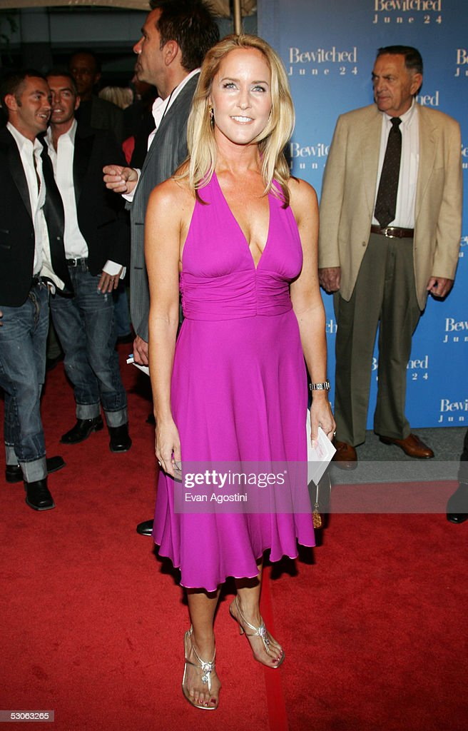 "Premiere Of ""Bewitched"" : News Photo"