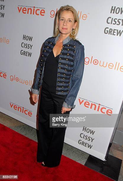 "Actress Erin O'Brien Denton attends ""How Cissy Grew"" performance at El Portal Forum Theatre on October 18, 2008 in North Hollywood, California."