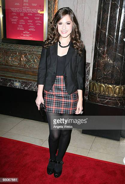 Actress Erin Sanders attends the Los Angeles premiere of Dr Seuss' 'How The Grinch Stole Christmas' at the Pantages Theatre on November 14 2009 in...
