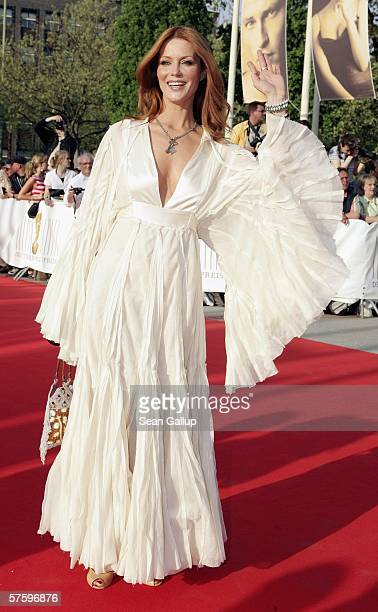 Actress Esther Schweins arrives at the German Film Awards at the Palais am Funkturm May 12, 2006 in Berlin, Germany.