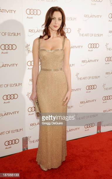Actress Eva Amurri arrives at Art Of Elysium's 5th Annual Heaven Gala at Union Station on January 14, 2012 in Los Angeles, California.