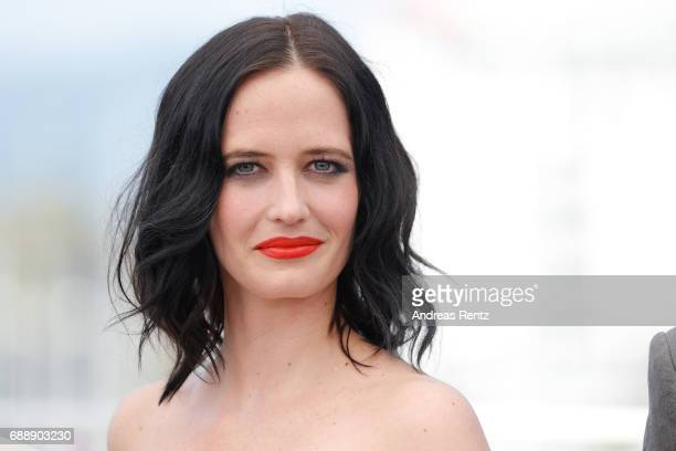 Actress Eva Green attends the Based On A True Story photocall during the 70th annual Cannes Film Festival at Palais des Festivals on May 27 2017 in...