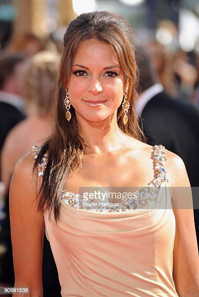 Actress Eva La Rue arrives at the 61st Primetime Emmy Awards held at the Nokia Theatre on September 20 2009 in Los Angeles California