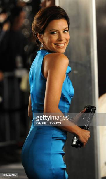 Actress Eva Longoria arrives for the Los Angeles premiere of �The Curious Case of Benjamin Button� December 8 in Westwood California The film is...