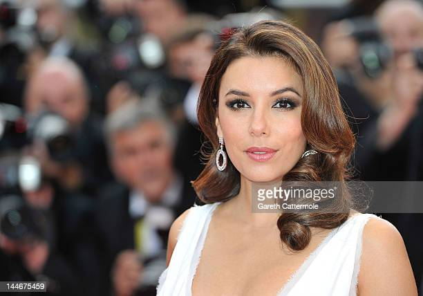 Actress Eva Longoria attend the De Rouille et D'os Premiere during the 65th Annual Cannes Film Festival at Palais des Festivals on May 17 2012 in...