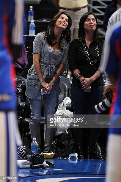 Actress Eva Longoria attends the game between the Los Angeles Clippers and the San Antonio Spurs at Staples Center on January 6 2008 in Los Angeles...