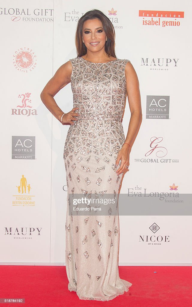 Global gift gala in madrid actress eva longoria attends the global gift gala photocall at madrid townhall on april 2 negle Images