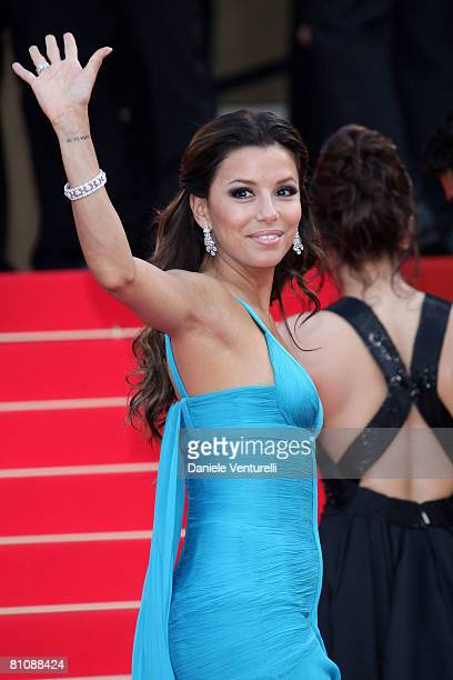 """Actress Eva Longoria Parker arrives at the """"Blindness"""" premiere during the 61st Cannes International Film Festival on May 14, 2008 in Cannes, France."""