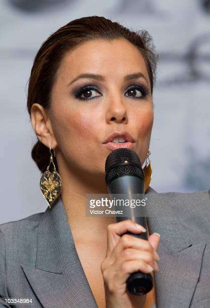 Actress Eva Longoria Parker attends the Cristiada press conference and photocall at Hotel Camino Real on August 11 2010 in Mexico City Mexico