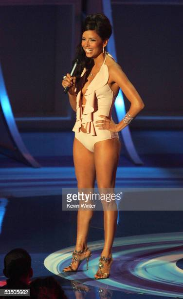 Actress Eva Longoria presents the award for Breakthrough Video during the 2005 MTV Video Music Awards at the American Airlines Arena on August 28...