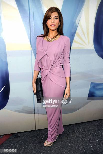 Actress Eva Mendes arrives at Spike TV's 5th annual 2011 Guys Choice Awards at Sony Pictures Studios on June 4 2011 in Culver City California