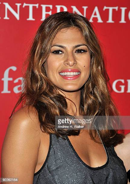 Actress Eva Mendes attends Fashion Group International's 26th annual Night Of Stars at Cipriani Wall Street on October 22 2009 in New York City