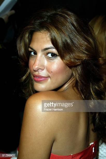 Actress Eva Mendes attends the Oscar De La Renta Spring 2005 fashion show during the Olympus Fashion Week Spring 2005 at Bryant Park September 13...