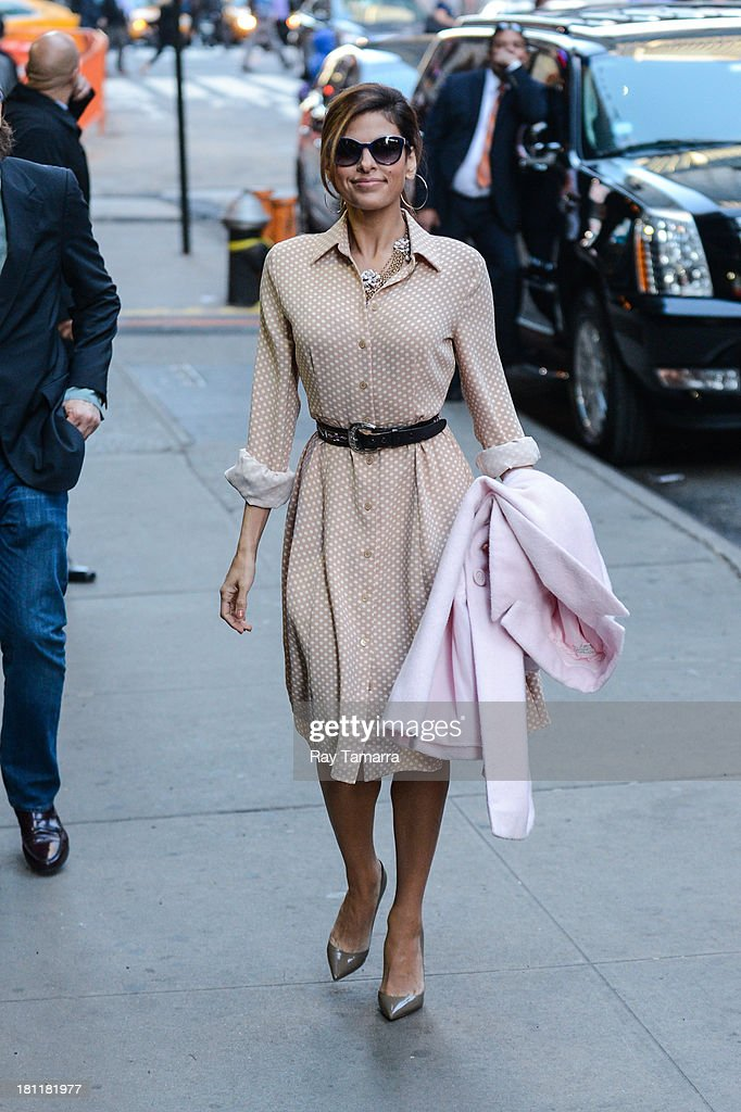 Actress Eva Mendes enters the 'Good Morning America' taping at the ABC Times Square Studios on September 19, 2013 in New York City.