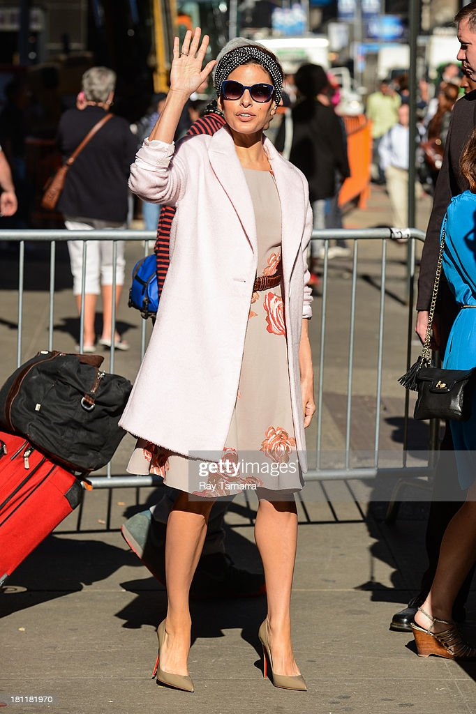 Actress Eva Mendes leaves the 'Good Morning America' taping at the ABC Times Square Studios on September 19, 2013 in New York City.