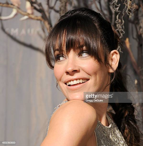 Actress Evangeline Lilly arrives at the Los Angeles premiere of The Hobbit The Desolation Of Smaug at TCL Chinese Theatre on December 2 2013 in...