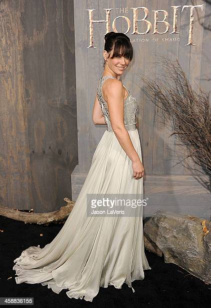 Actress Evangeline Lilly attends the premiere of 'The Hobbit The Desolation Of Smaug' at TCL Chinese Theatre on December 2 2013 in Hollywood...