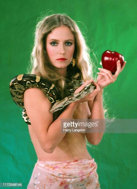 Actress Eve Plumb poses for a portrait in 1982 in Los Angeles California