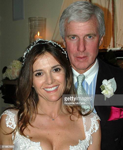 Actress Fabiana Udenio was wed to Robert F MacLeod Jr Sunday evening December 19 2004 at their home in Malibu California