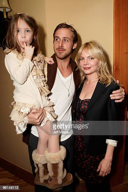 Actress Faith Wladyka actor Ryan Gosling and actress Michelle Williams attend the Coach dinner for 'Blue Valentine' on January 24 2010 in Park City...