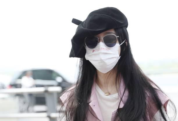 CHN: Fan Bingbing Sightings In Shanghai