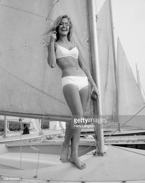 LOS ANGELES 1975 actress Farrah Fawcett poses for a portrait in Los Angeles California