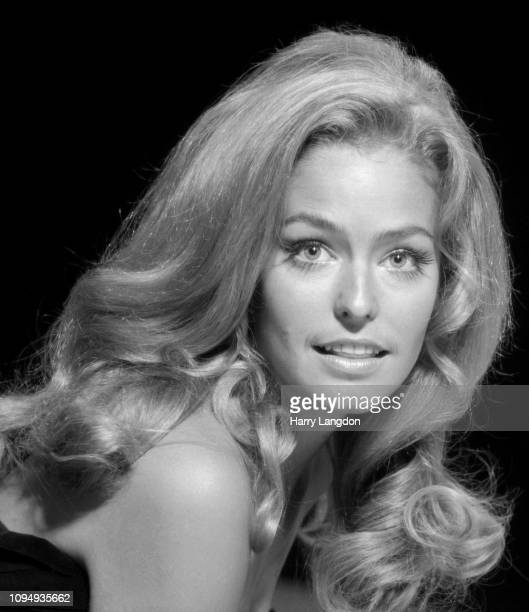 Actress Farrah Fawcett poses for a portrait in Los Angeles, California.