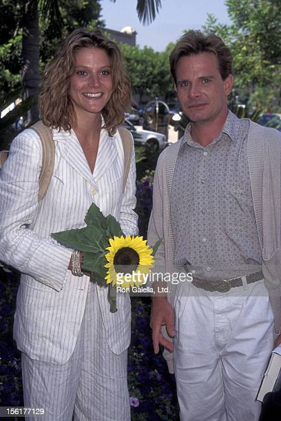 Actress Farrah Forke and actor Peter Scolari attend CBS TV Summer Press Tour on July 24 1995 at the Ritz Carlton Hotel in Pasadena California