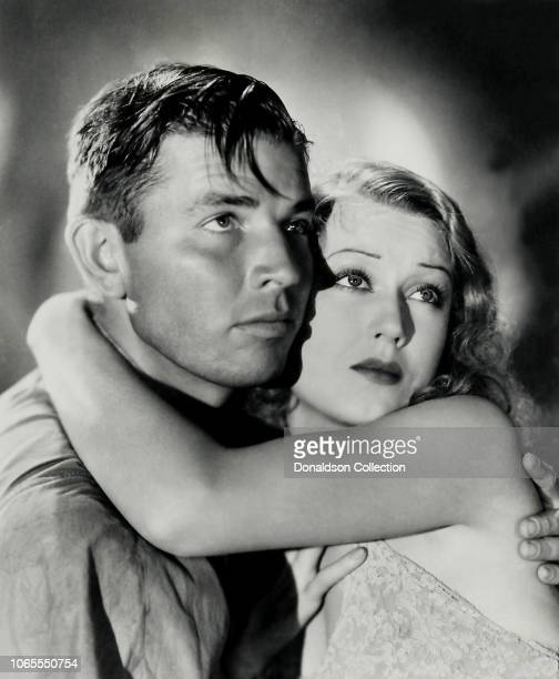 Actress Fay Wray and Bruce Cabot in a scene from the movie King Kong