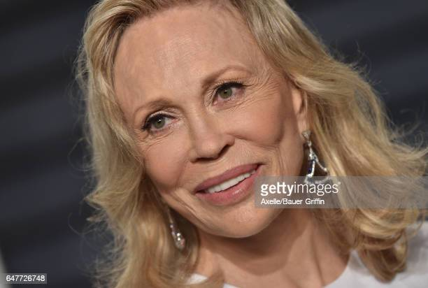 Actress Faye Dunaway arrives at the 2017 Vanity Fair Oscar Party Hosted By Graydon Carter at Wallis Annenberg Center for the Performing Arts on...