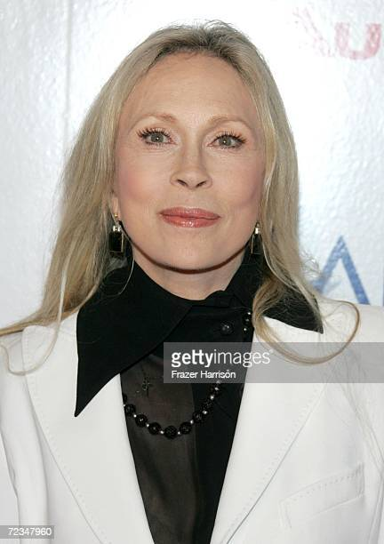Actress Faye Dunaway arrives at the AFI FEST presented by Audi opening night gala of Bobby at the Grauman's Chinese Theatre on November 1 2006 in...