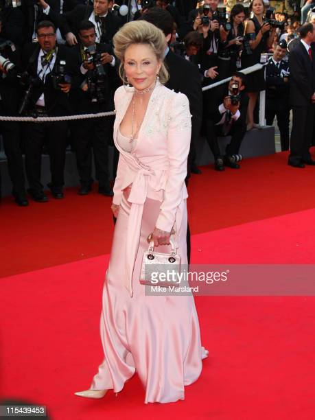 Actress Faye Dunaway arrives at the 'Blindness' premiere during the 61st Cannes International Film Festival on May 14 2008 in Cannes France