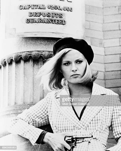 Actress Faye Dunaway as Bonnie Parker standing outside the Merchants Bank in the film 'Bonnie and Clyde' 1967