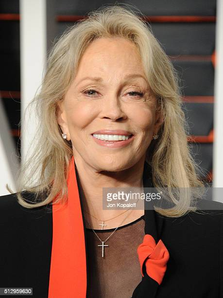Actress Faye Dunaway attends the 2016 Vanity Fair Oscar Party hosted By Graydon Carter at Wallis Annenberg Center for the Performing Arts on February...