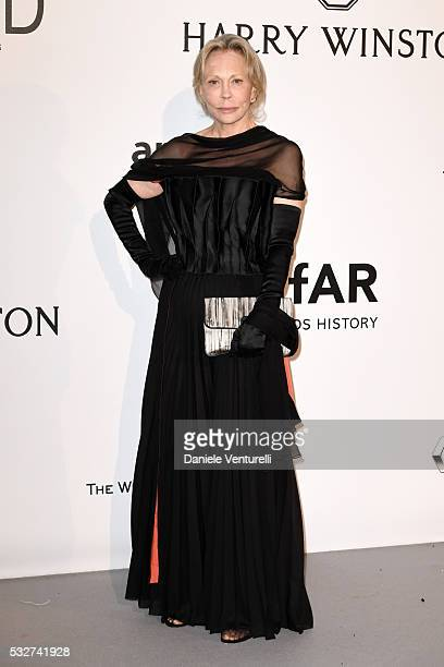 Actress Faye Dunaway attends the amfAR's 23rd Cinema Against AIDS Gala at Hotel du CapEdenRoc on May 19 2016 in Cap d'Antibes France