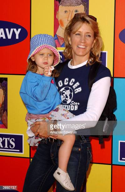 Actress Felicity Huffman and her daughter Sofia Grace arrive at PS Art's Express Yourself 2003 Street Fair at 72 Market Street on November 2 2003 in...