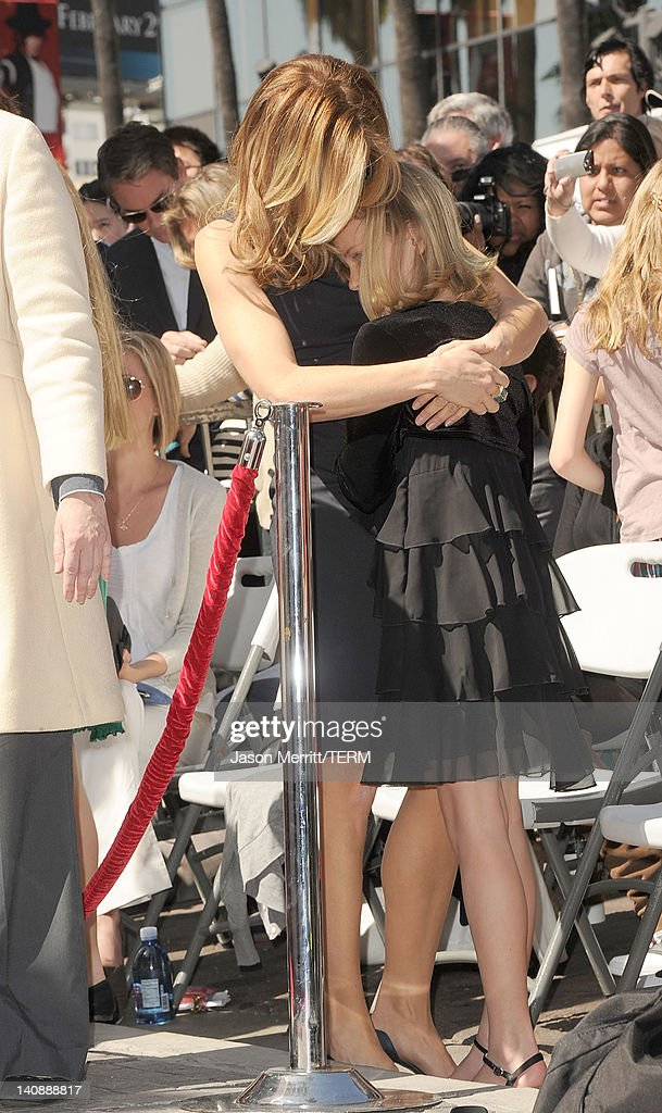 William H. Macy And Felicity Huffman Honored On The Hollywood Walk Of Fame : News Photo