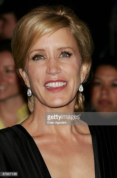 Actress Felicity Huffman arrives at the Vanity Fair Oscar Party at Mortons on March 5 2006 in West Hollywood California